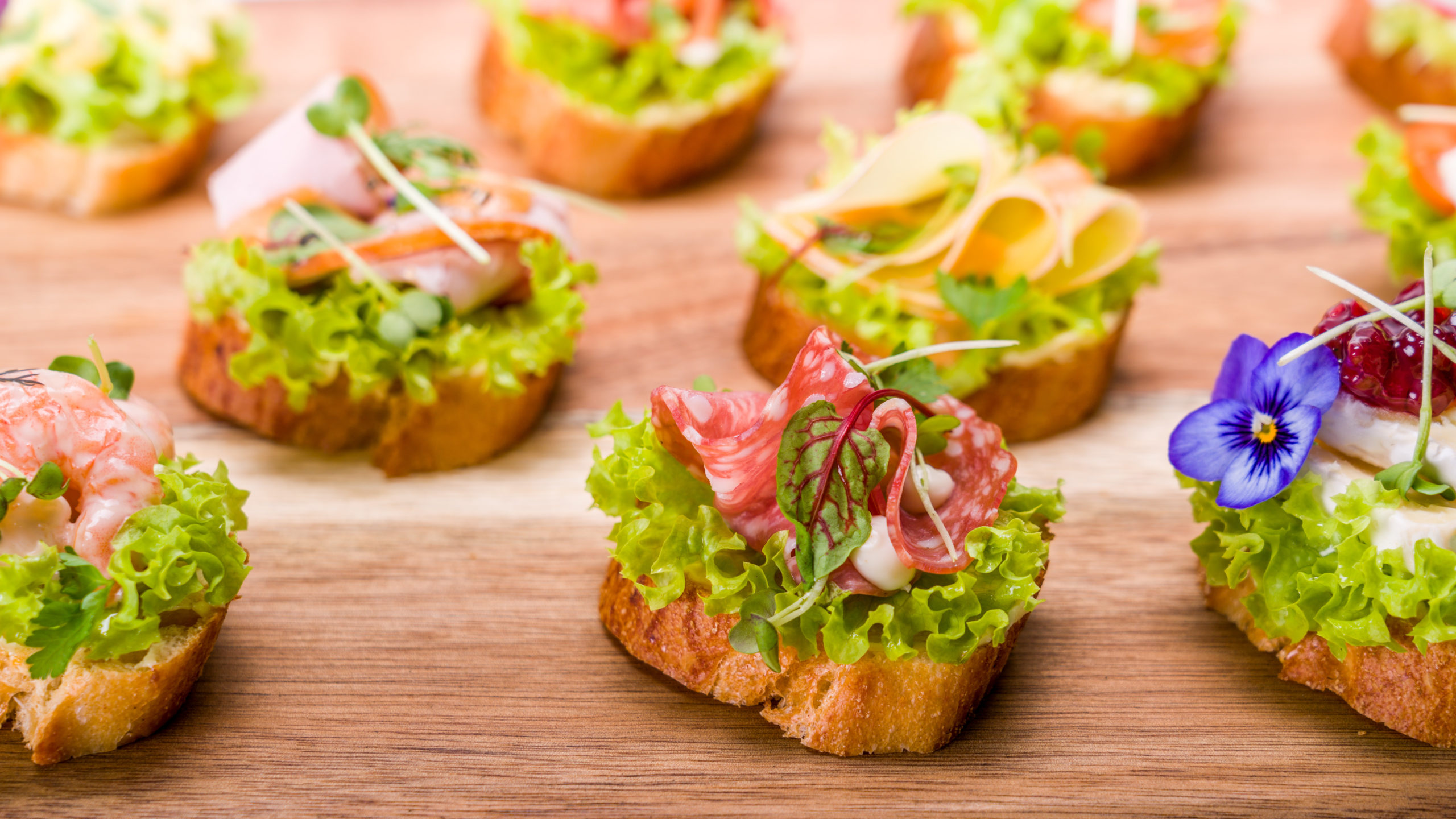 canapes-snacks-business-catering-fingerfood